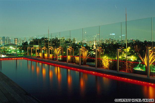Skye_rooftop_pool_Sao_Paolo