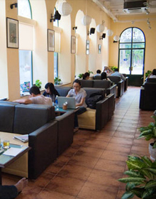 PNC Book Cafe - Lê Duẩn