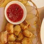 Bánh cuộn phô mai với nước chấm cực ngon