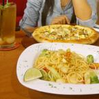 Pizza - Mì ý và nước trà vải