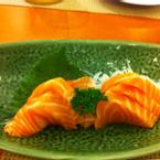 Một mình ăn cả kí sashimi chắc cũng không ngán