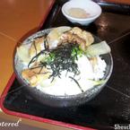 Cơm nóng ăn kèm gà quay + trứng gà lòng đào + rong biển + sốt terayaki thơm lừng