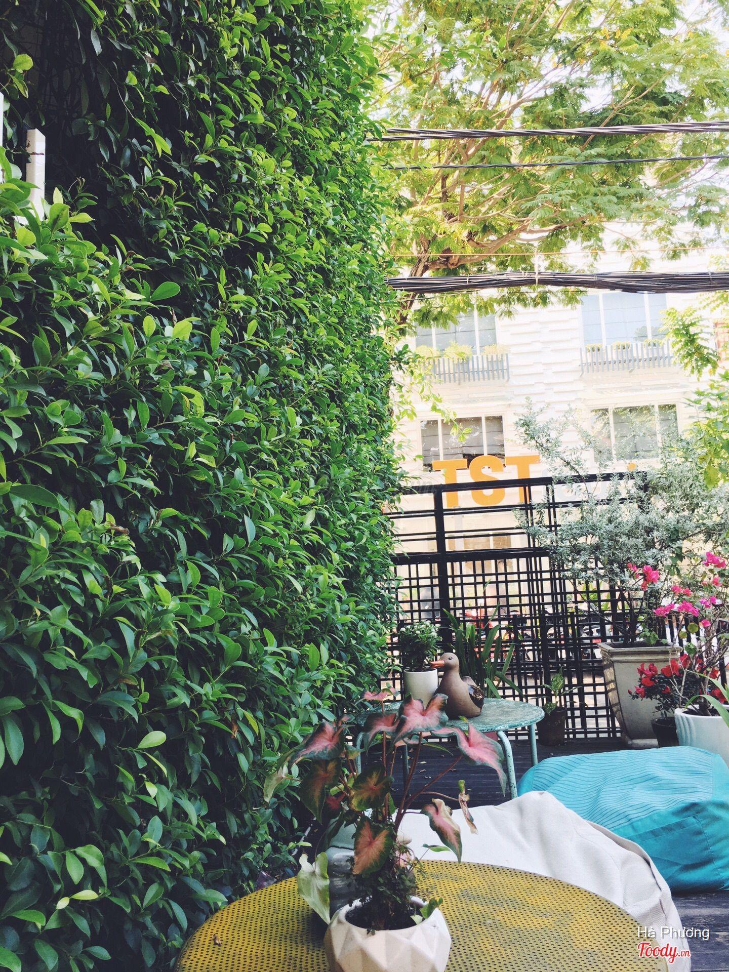 Những quán cafe đẹp ở các quận trung tâm Sài Gòn. Ảnh 37