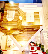 Up Cafe - Cafe Úp Ngược