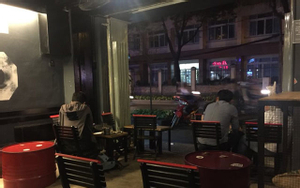 Cafe phong cách đường phố