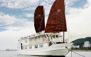 L'Azalee Cruises - Du Thuyền Ngắm Cảnh & Ăn Tối