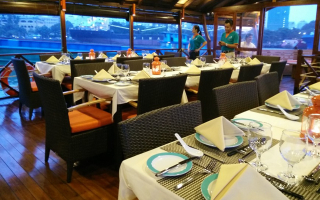 Lady Hau Dining Cruise - Du thuyền Buffet & BBQ