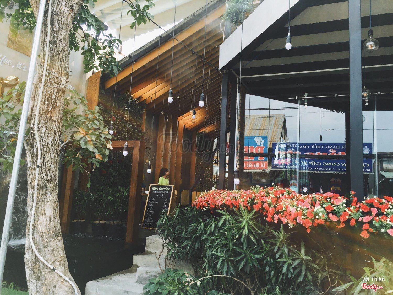 Những quán cafe đẹp ở các quận trung tâm Sài Gòn. Ảnh 6