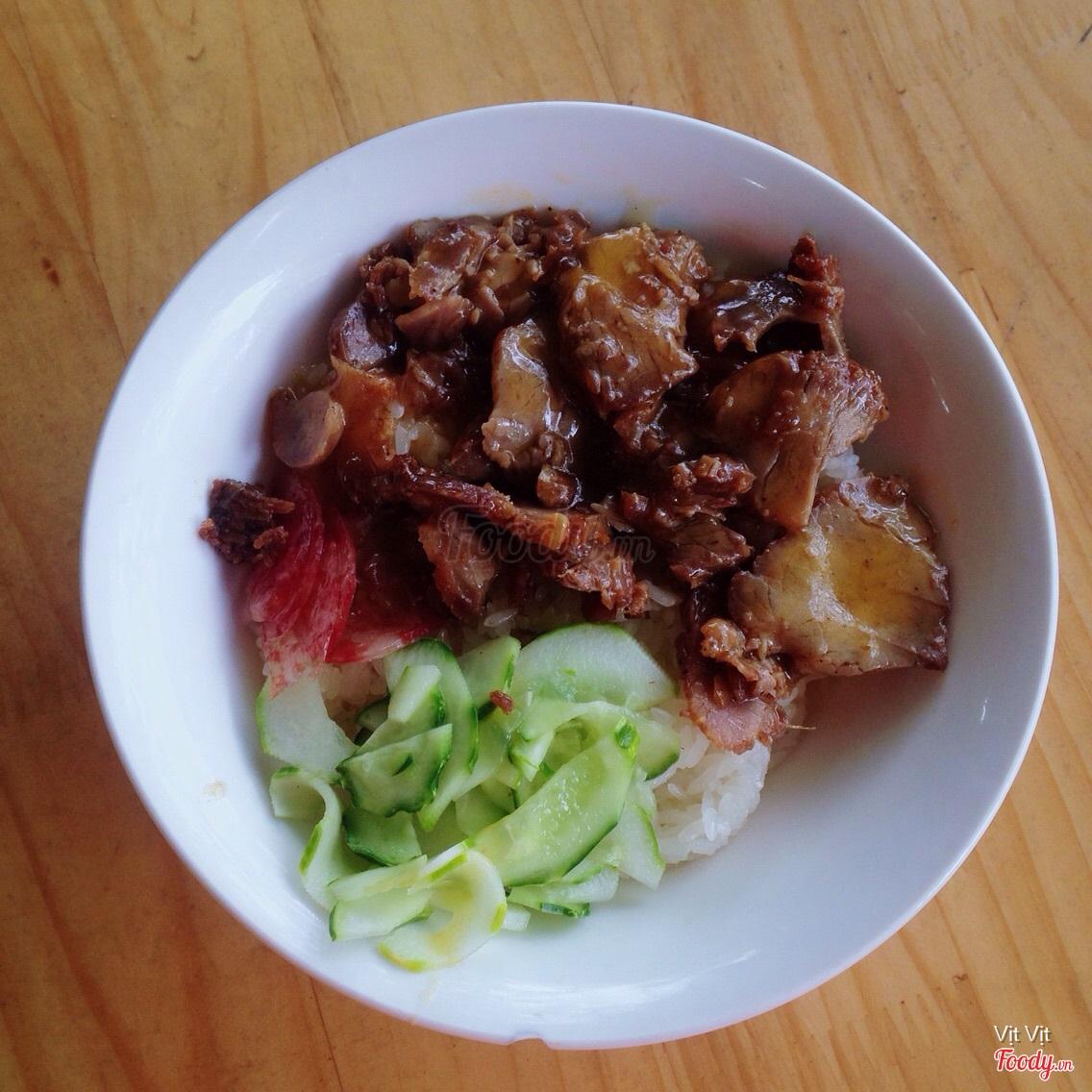 Tìm hiểu những món ăn miền Trung hấp dẫn