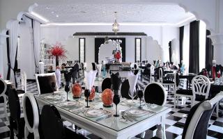 Tajmasago Buffet & Cafe - Lâu Đài Trắng