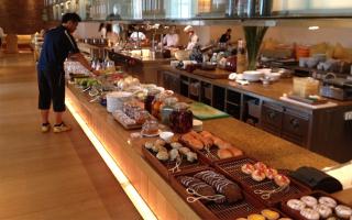 Opera Buffet - Park Hyatt Hotel