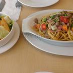 Spaghetti và Salad gà