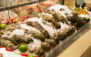 La Brasserie Buffet Restaurant - Nikko Saigon Hotel
