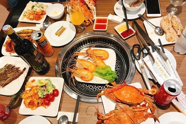 5 Địa chỉ buffet hải sản nức tiếng Hà thành