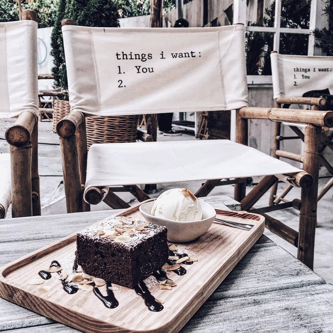 Jouri Dessert&Tea - cafe đẹp nhất hà nội