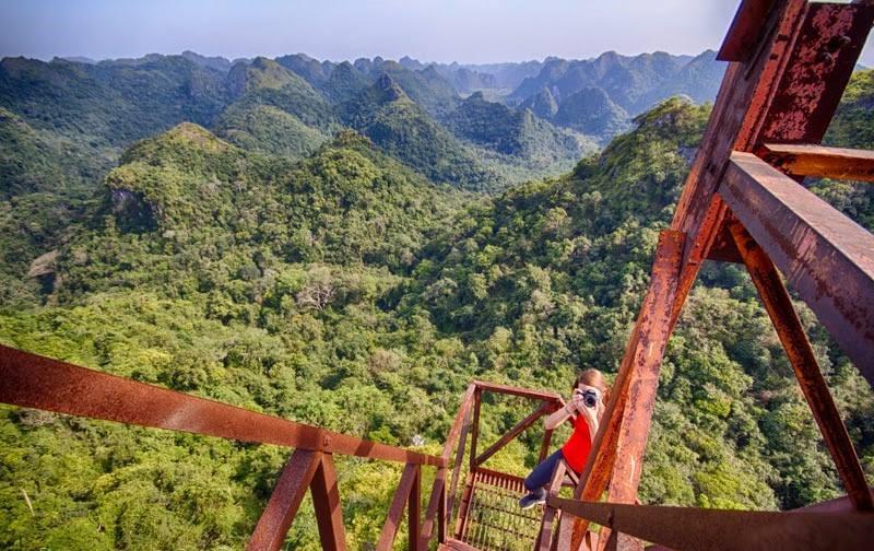 Nơi cao nhất vườn quốc gia Cát Bà