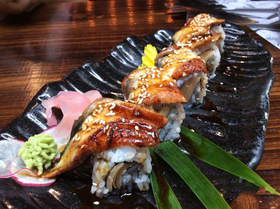 nha-hang-sang-trong-yen-sushi-31