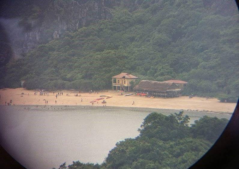 Đảo khỉ nhìn từ pháo đài thần công