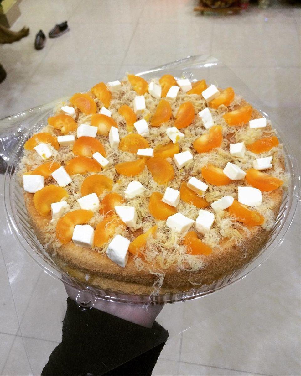 Bông lan trứng muối-N. cake