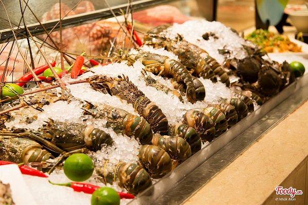 La Brasserie Restaurant –  Khách sạn 4 sao Nikko Hotel 2
