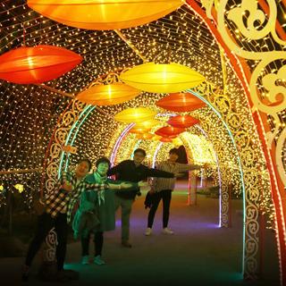 Đi ngay kẻo lỡ thiên đường ánh sáng khủng nhất Việt Nam