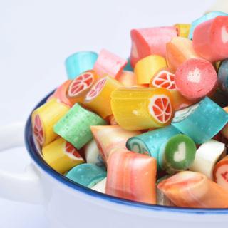 (Hà Nội) Tìm ra xưởng kẹo handmade nghệ thuật làm quà Tết cực yêu