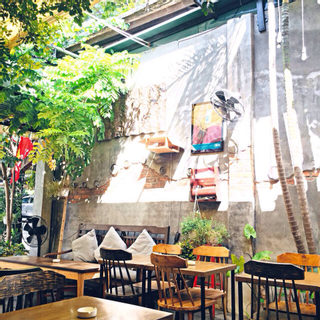[Huế] Đắm chìm trong những quán café đậm chất Vintage chạm ngõ mùa thu!