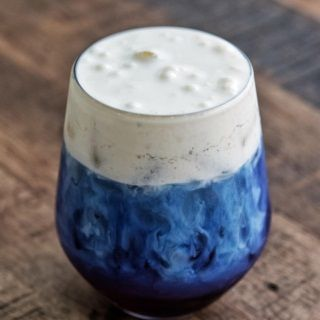 TRÀ ĐẬU BIẾC - VEDDETT mới nổi của làng trà sữa