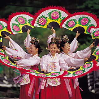 (Hà Nội) Tưng bừng lễ hội ẩm thực Hàn Quốc vào cửa miễn phí!