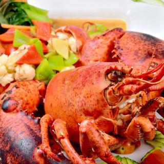 Đã mắt căng bụng với vựa hải sản khổng lồ ngon nhất tại Sài Gòn