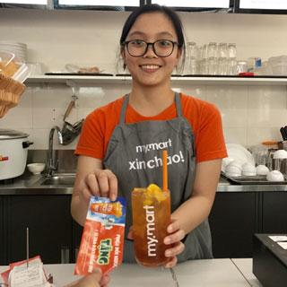 Uống nước free - khi đọc thần chú: Tôi Đến Từ Foody