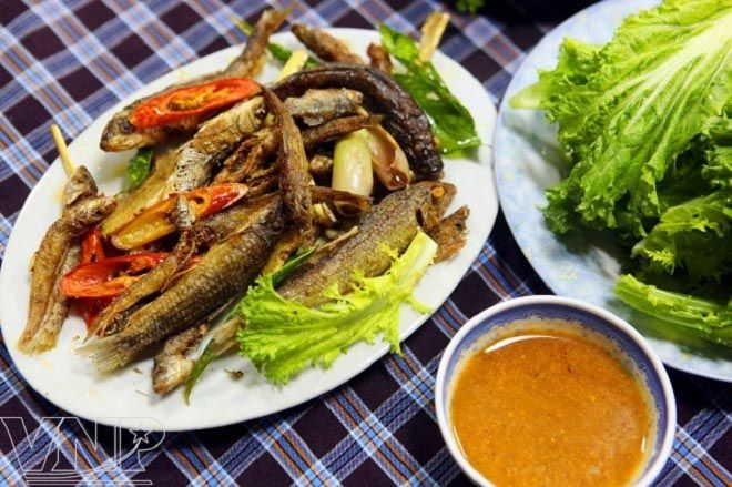 Image result for cá suối nướng foody.vn