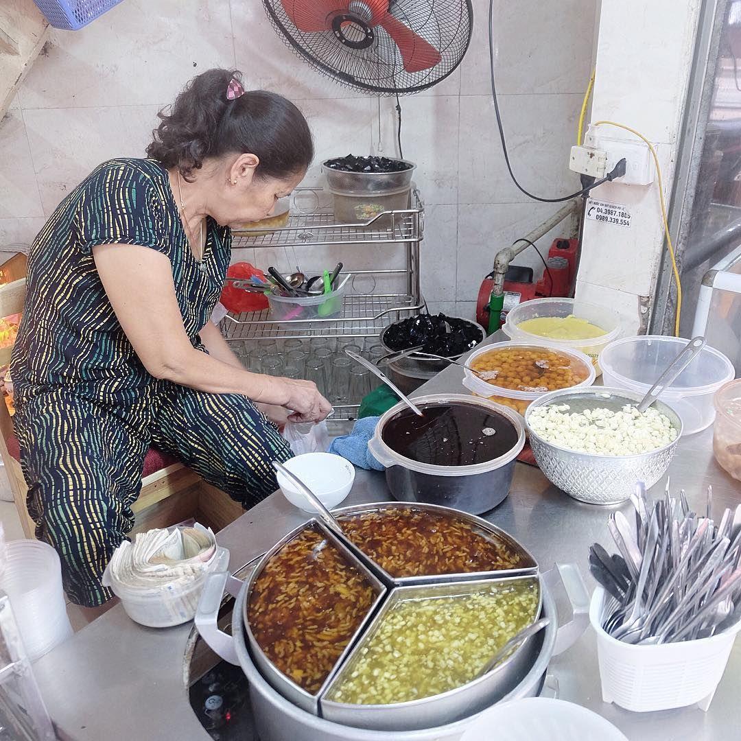 Xôi chè Bà Thìn - Bát Đàn