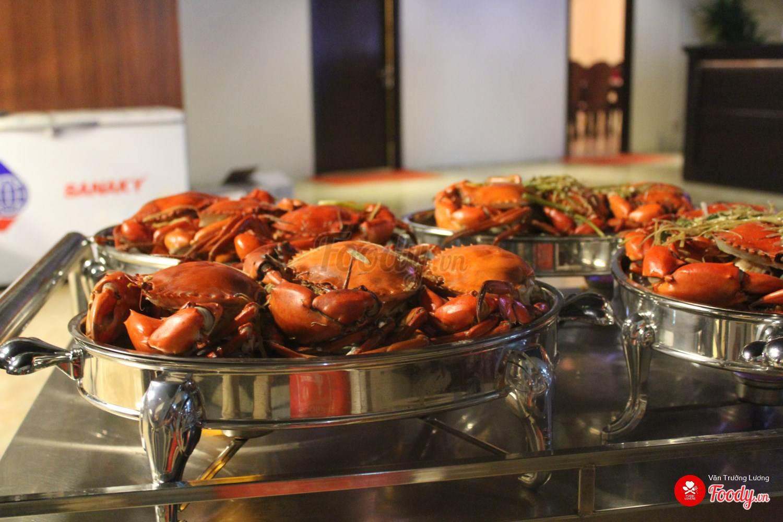 nhà hàng hải sản ngon_Cua Vàng Tây Hồ