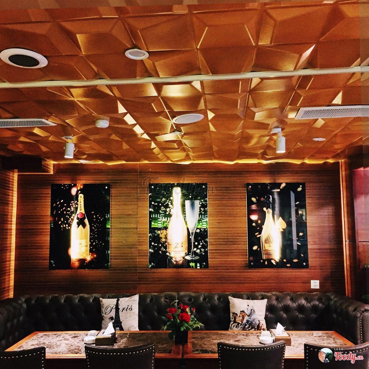 Nhà hàng Âu Gold Wine & Cigar Lounge