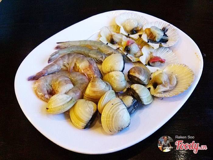 Rainbow buffet - Buffet ăn vặt tại Nhà hàng Cầu Vồng 2
