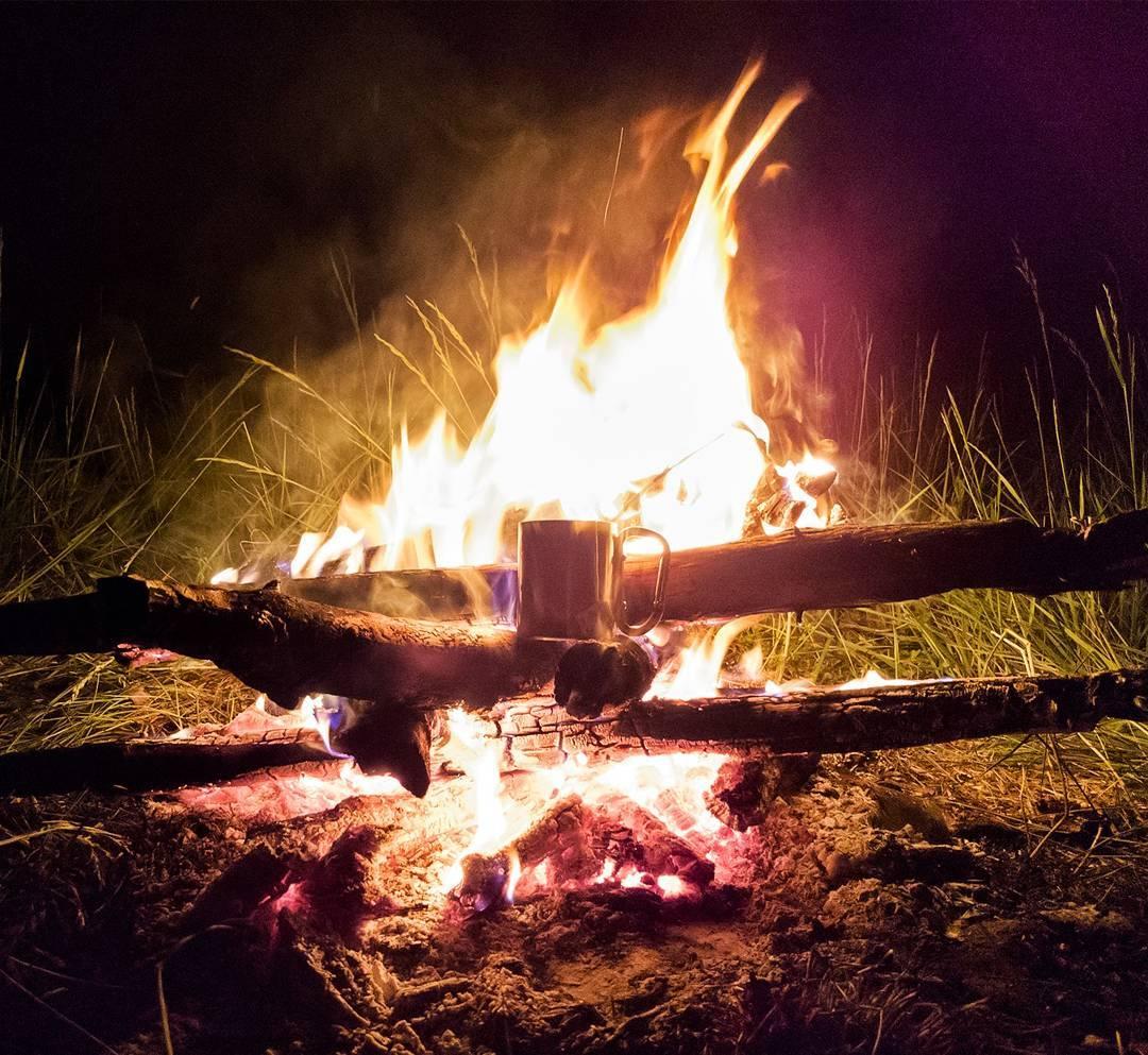 đốt lửa khi bị lạc