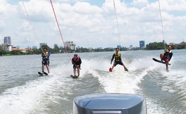 7 trò chơi mạo hiểm với nước bạn nên khám phá ở Nha Trang