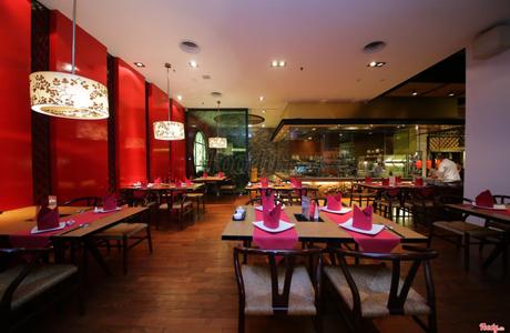 Nhà Hàng Orientica - Equatorial Hotel