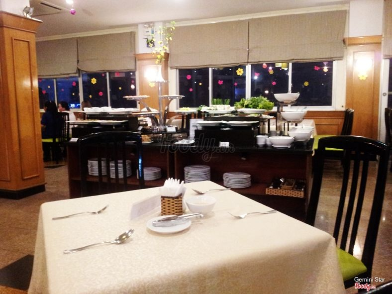 level-9-restaurant-3