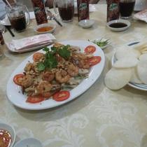 Hương Huyền - Nhà Hàng Sân Vườn