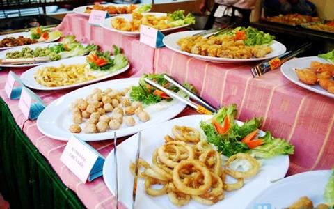 Buffet Dìn Ký - Lê Thị  Hồng Gấm