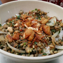 Hồng Hạnh - Bánh Cuốn & Món Huế