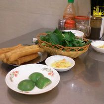 Hoàng Tùng - Phở Hà Nội