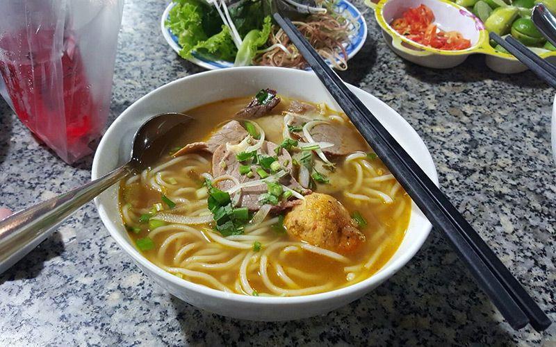 Bún Bò Sông Hương - Quang Trung
