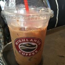 Highlands Coffee - Nhà Hát Thành Phố