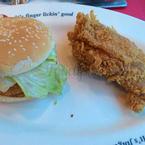 Hamburger và gà đùi