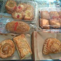 Sài Gòn Givral Bakery - Cao Thắng