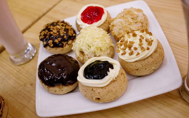 Bánh Su Kem Chewy Junior - Cách Mạng Tháng 8