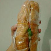 Bánh mì thịt 25k